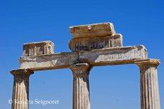 Hierapolis - columns