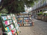 Plaza des Armas - books (4)