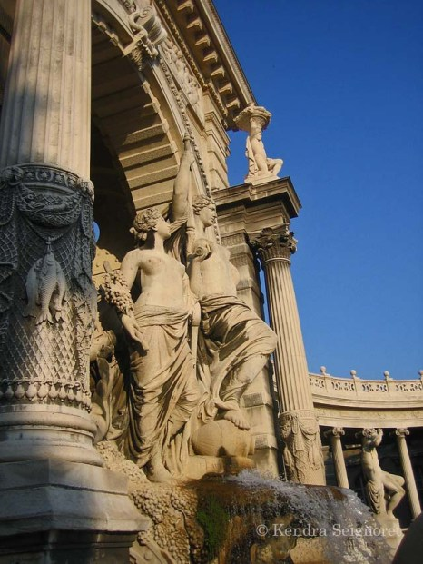 Marseilles - statues and monuments (5)