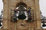 Clock in a plaza in Astorga