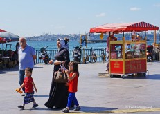 Istanbul Asian side - ferry dock (4)